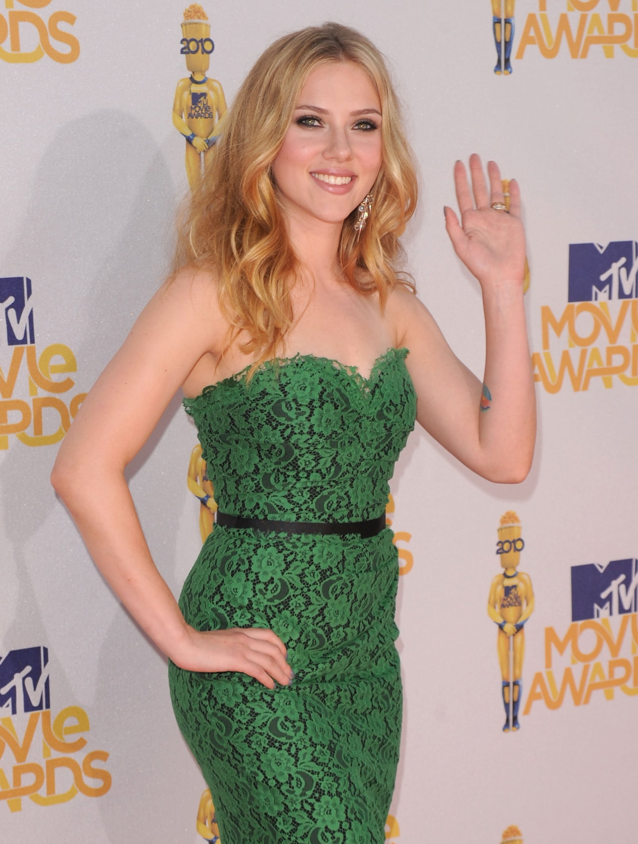 MTV Movie Awards 1 - Scarlett Johansson Net Worth, Awards, Movies and Private Life, Pictures and Wallpapers