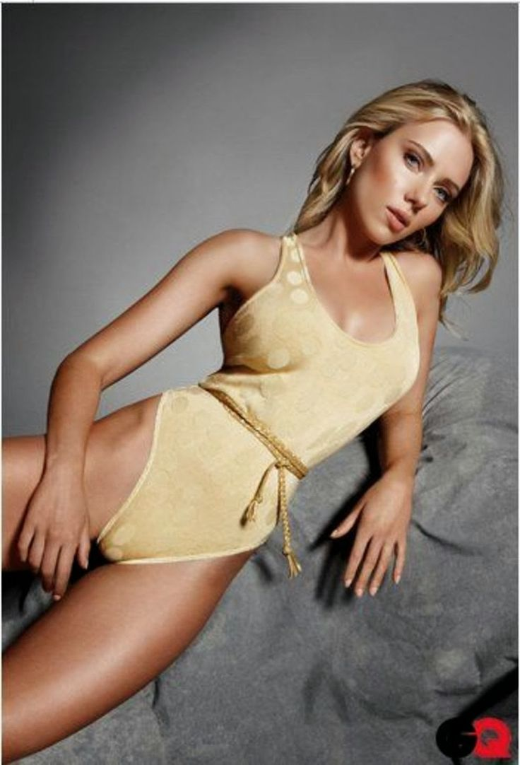 Scarlett Johansson sporty - Scarlett Johansson Net Worth, Awards, Movies and Private Life, Pictures and Wallpapers
