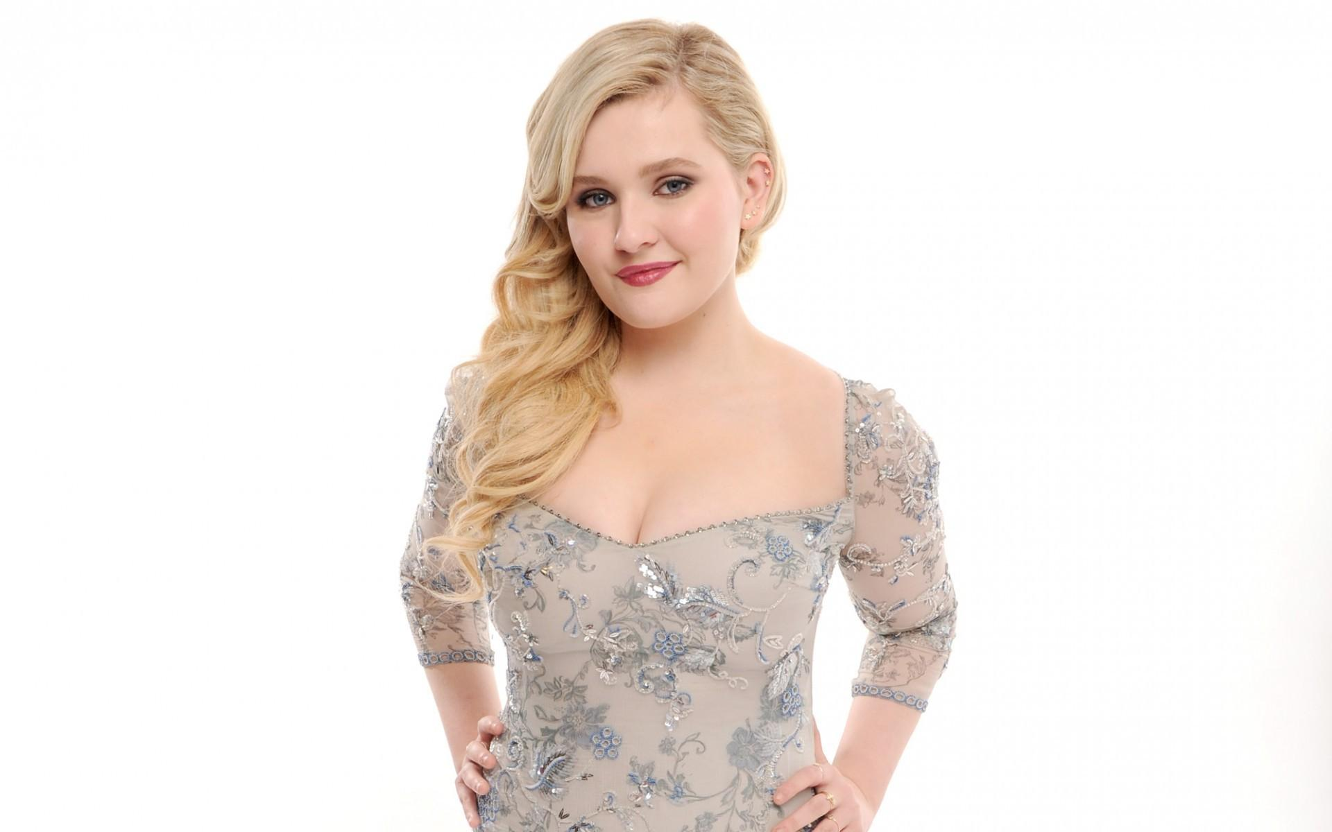 Abigail Breslin wallpaper - Abigail Breslin Movies, Age, Weight, Net Worth, Family and Wallpapers