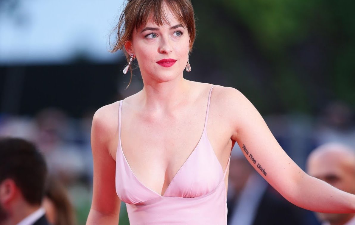Dakota Johnson in a pink dress - Dakota Johnson Net Worth, Movies, Family, Boyfriend, Pictures and Wallpapers