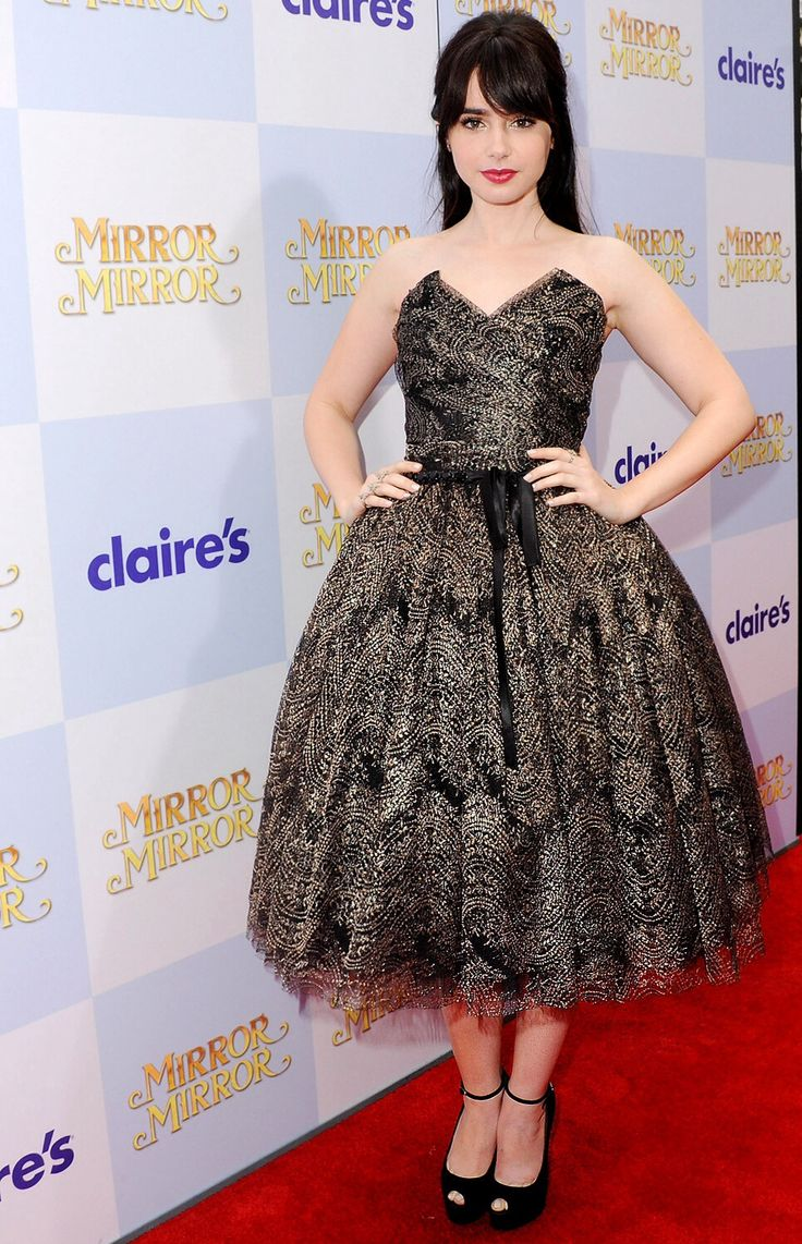 Lily Collins Red Carpet picture - Lily Collins Net Worth, Biography, Family, Movies, Boyfriends, Pictures&Wallpapers