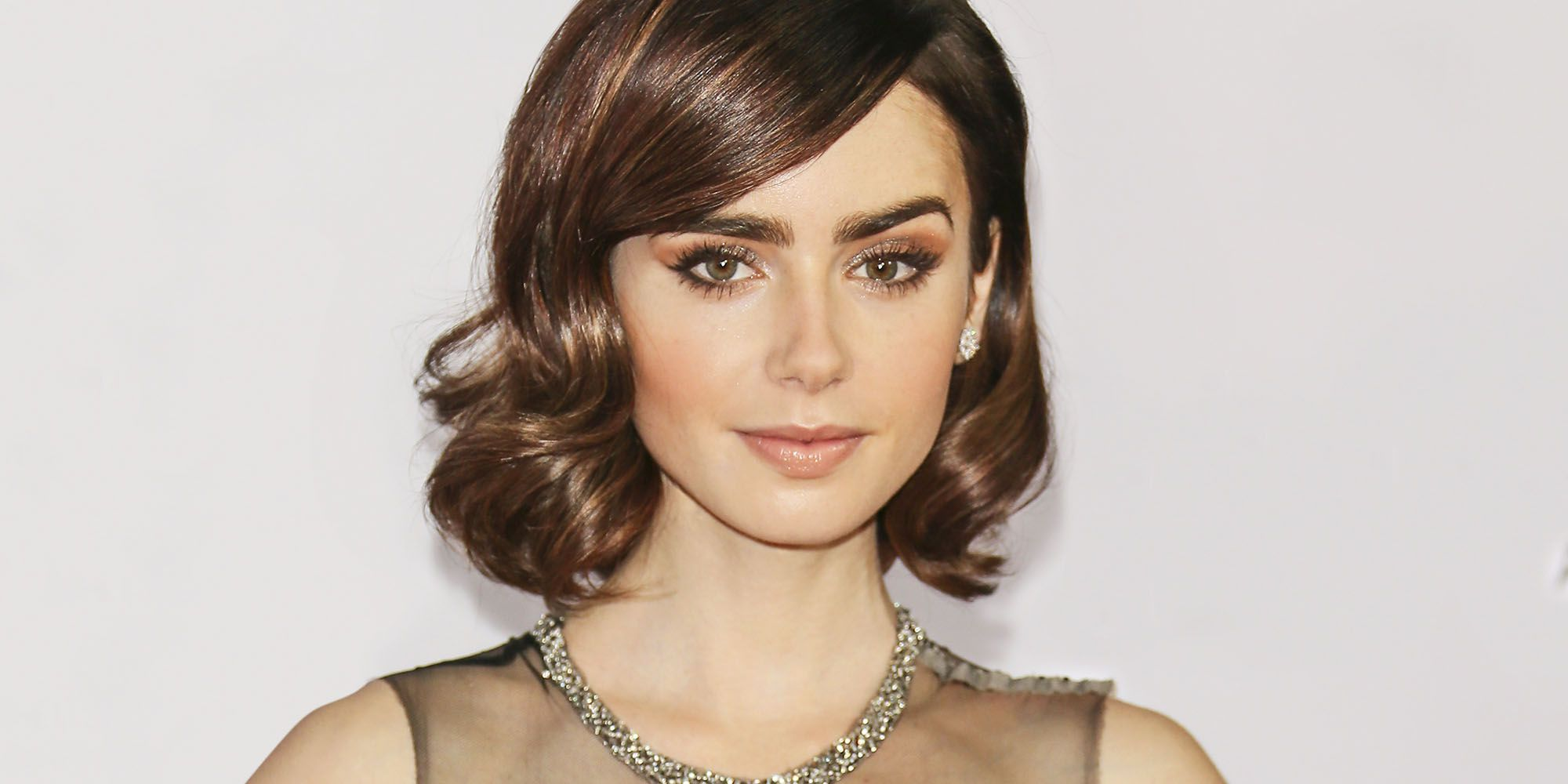 Lily Collins wallpaper - Lily Collins Net Worth, Biography, Family, Movies, Boyfriends, Pictures&Wallpapers