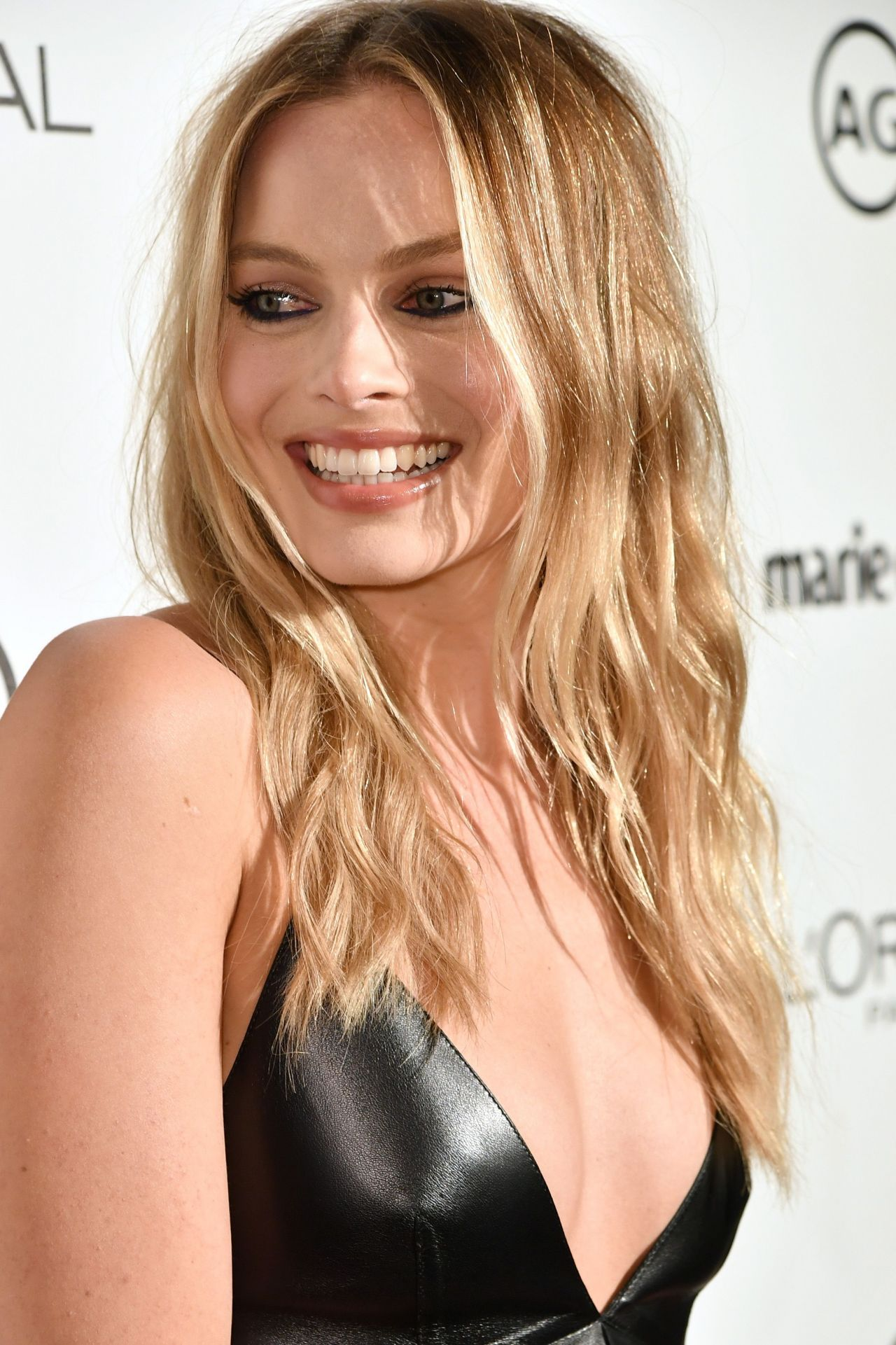 Margot Robbie Net Worth, Biography, Movies, Boyfriends, Pictures and Wallpapers 6