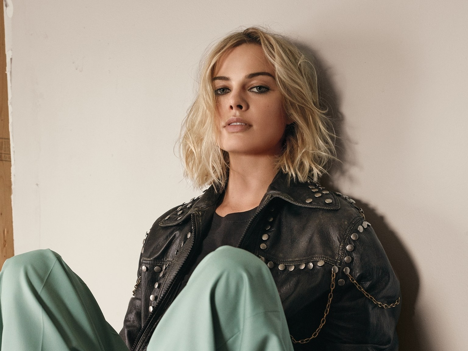 Margot Robbie Net Worth, Biography, Movies, Boyfriends, Pictures and Wallpapers 8