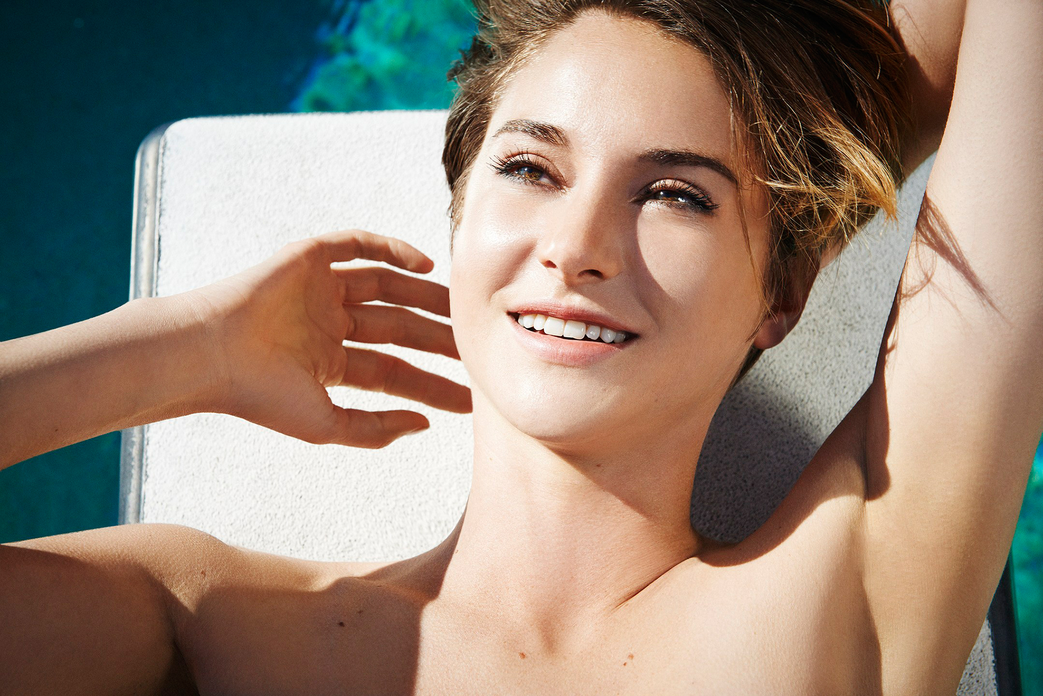 Shailene Woodley sunny - Shailene Woodley Net Worth, Movies, Family, Private Life, Pictures and Wallpapers