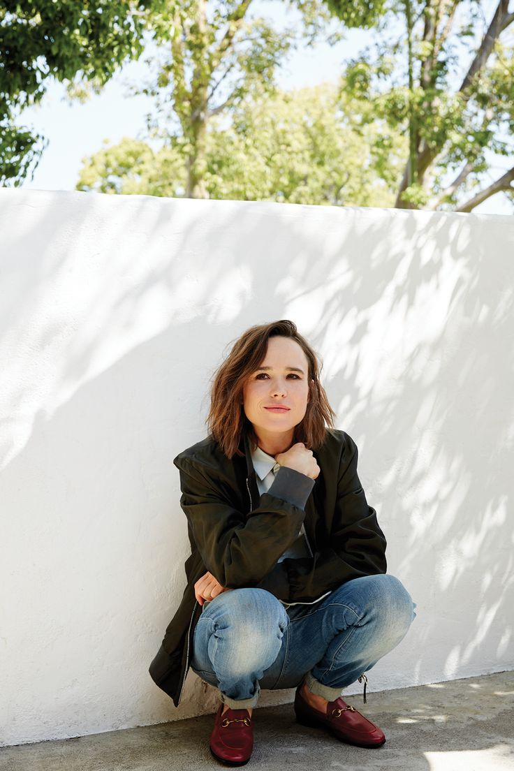 Ellen Page against the wall - Ellen Page Net Worth, Movies, Biography, Private Life, Pictures and Wallpapers