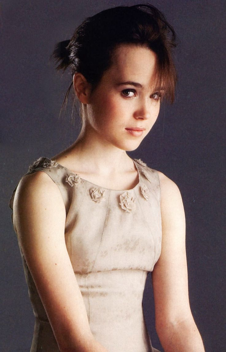 Ellen Page cute - Ellen Page Net Worth, Movies, Biography, Private Life, Pictures and Wallpapers