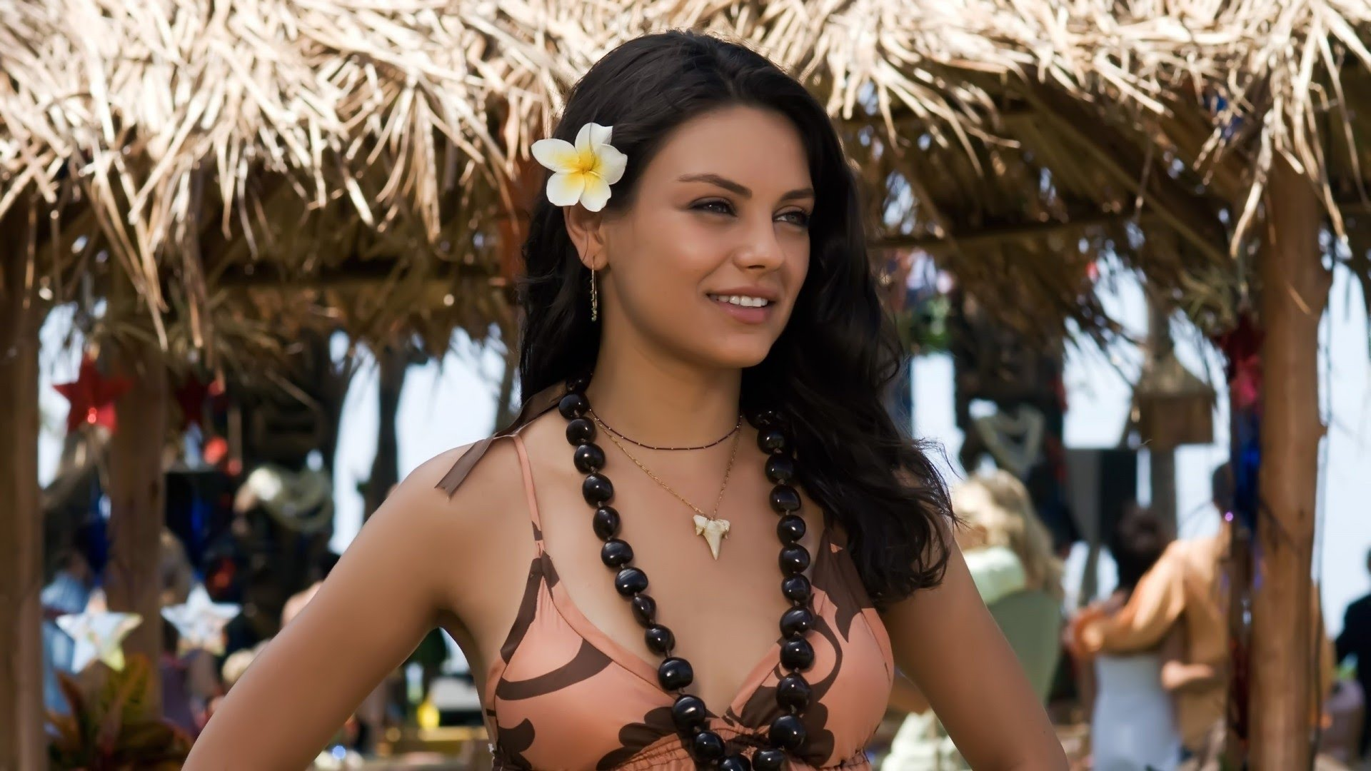 Mila Kunis tropics - Mila Kunis Net Worth, Movies, Family, Husband, Pictures and Wallpapers