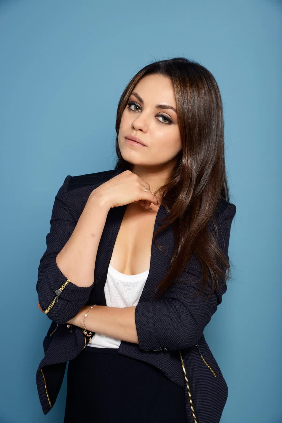 Mila Kunis wearing strict suit - Mila Kunis Net Worth, Movies, Family, Husband, Pictures and Wallpapers