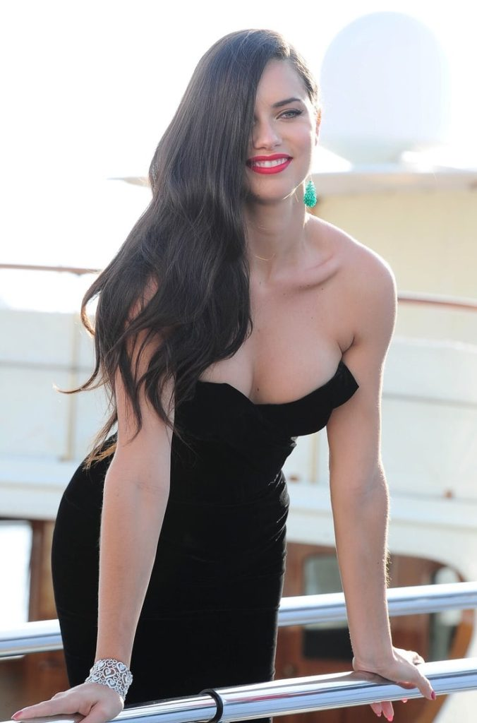 Adriana Lima Wonderful Black Dress 1 676x1024 - Adriana Lima Net Worth, Pics, Wallpapers, Career and Biography