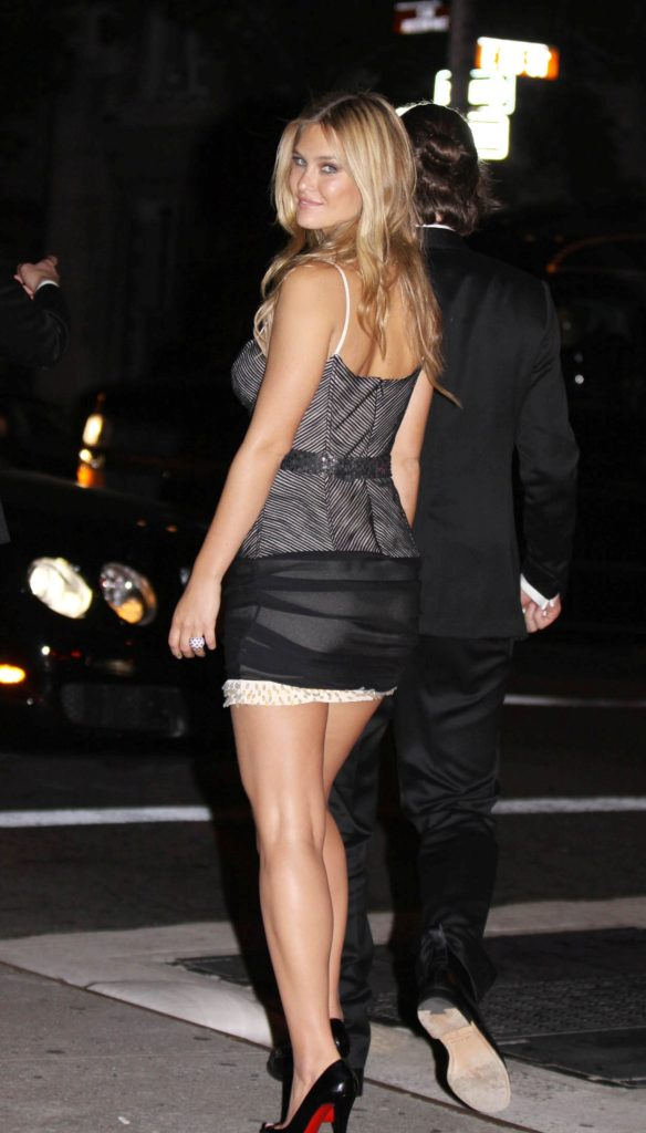 Bar Refaeli Afterparty 584x1024 - Bar Refaeli Afterparty