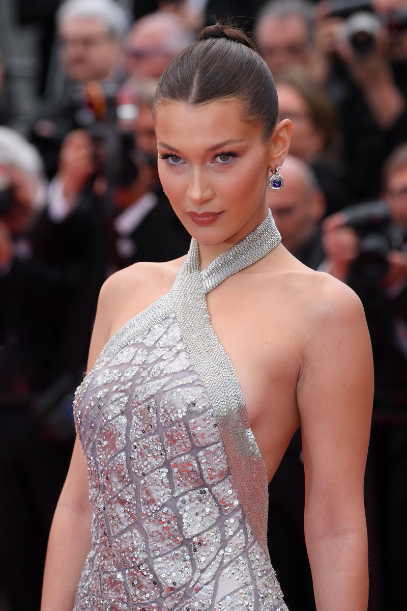 Bella Hadid Red Carpet - Bella Hadid Red Carpet