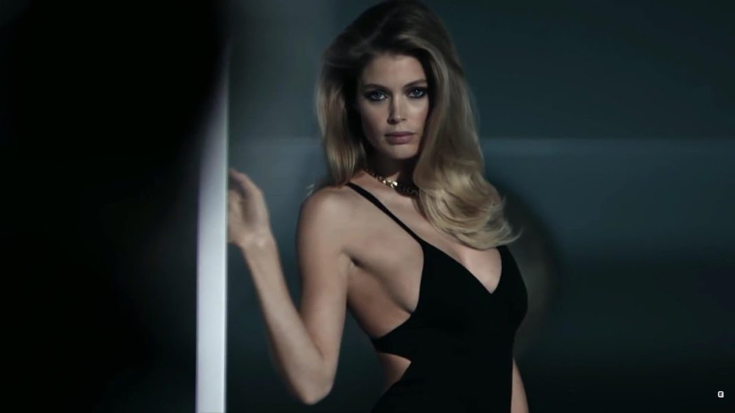 Doutzen Kroes Black Swimwear Pic