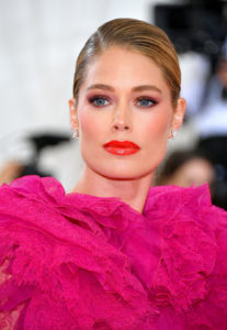 Doutzen Kroes Pink Dress 207x300 - Hot Blonde Doutzen Kroes Image