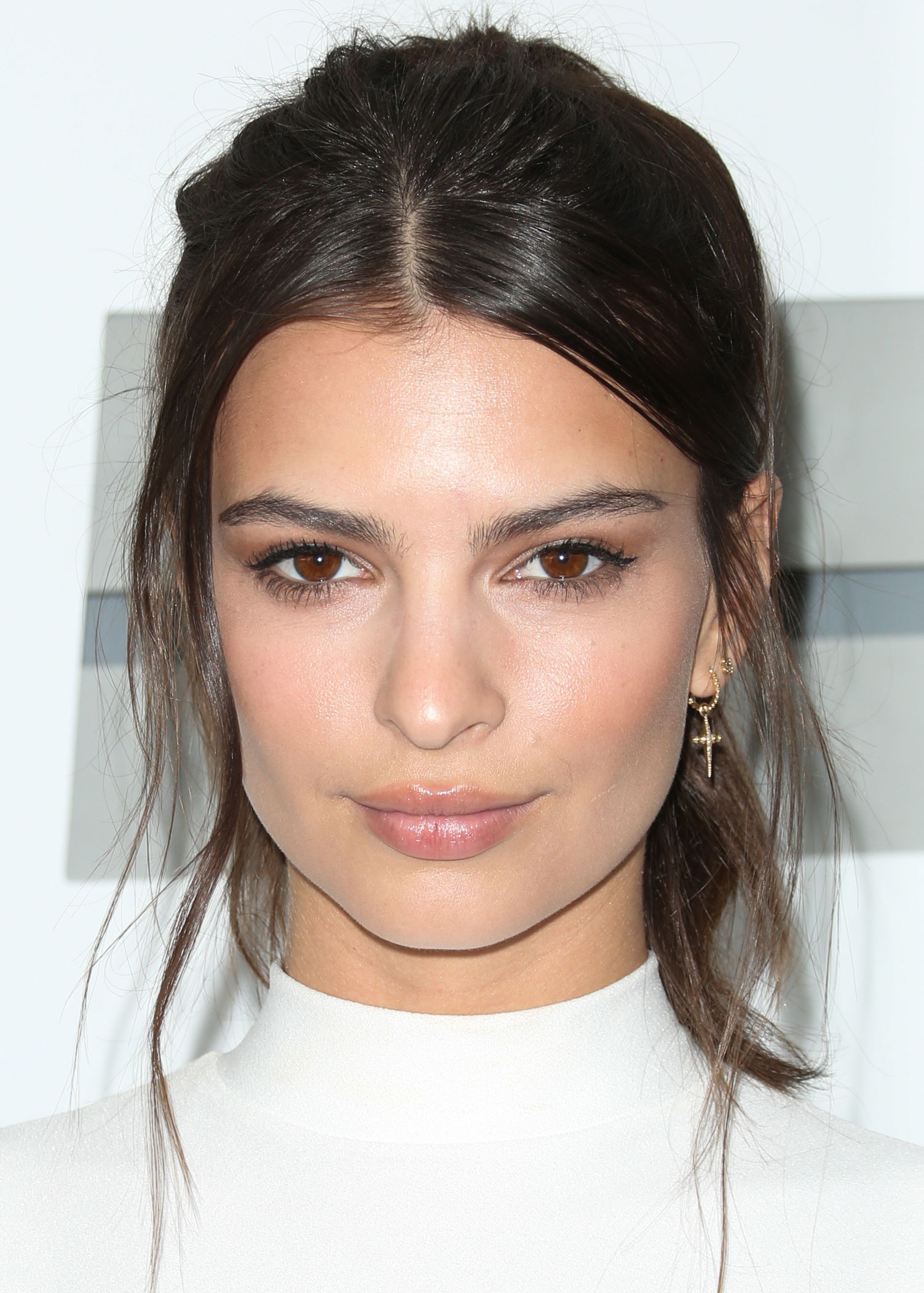 Emily Ratajkowski Pure Face - Emily Ratajkowski Net Worth, Pics, Wallpapers, Career and Biography