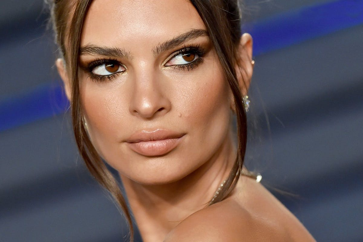 Emily Ratajkowski Wonderful Eyes Pic - Emily Ratajkowski Net Worth, Pics, Wallpapers, Career and Biography