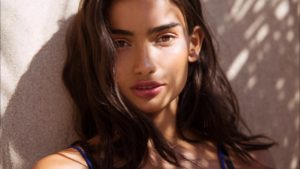 Hot Beauty Kelly Gale 300x169 - Kelly Gale Hot Street Modeling