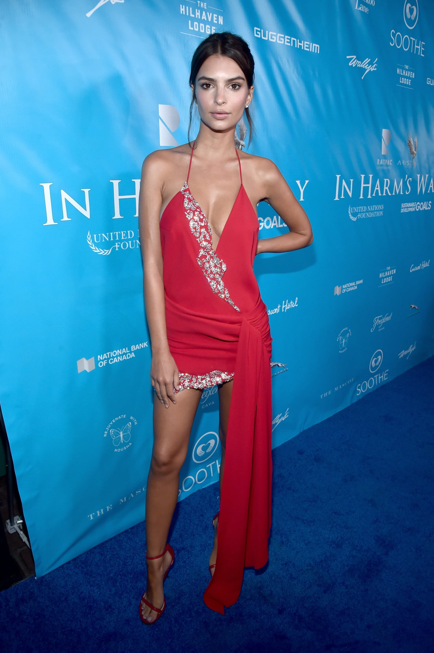 Hot Emily Ratajkowski Red Dress - Emily Ratajkowski Net Worth, Pics, Wallpapers, Career and Biography