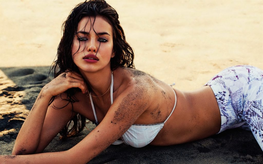 Irina Shayk Hot Bikini Pose 1024x640 - Irina Shayk Net Worth, Pics, Wallpapers, Career and Biography