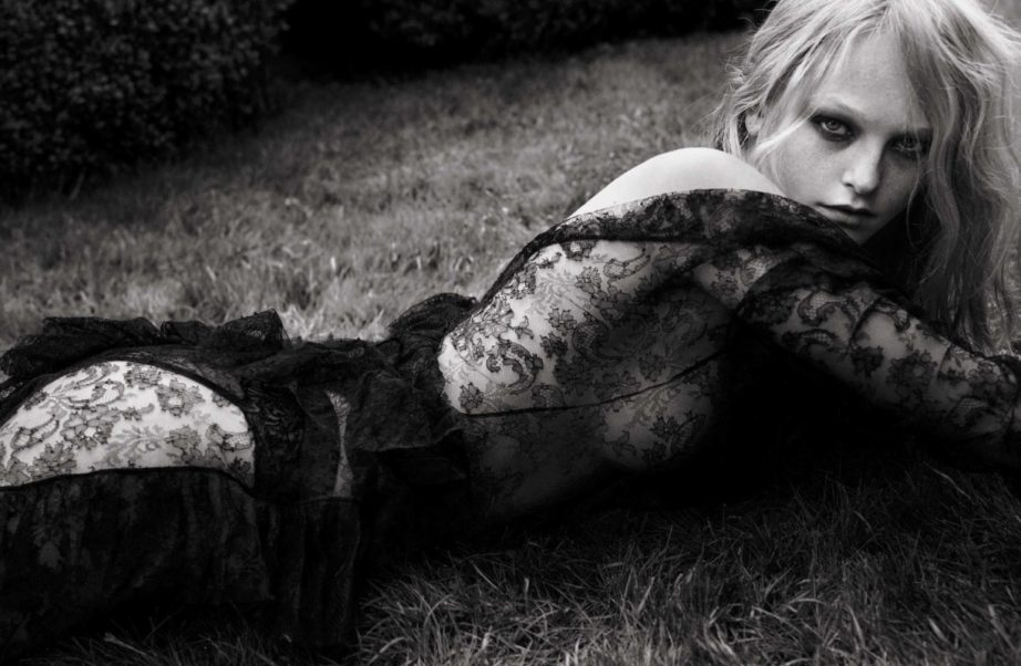 Jean Campbell Hot Modeling On The Grass