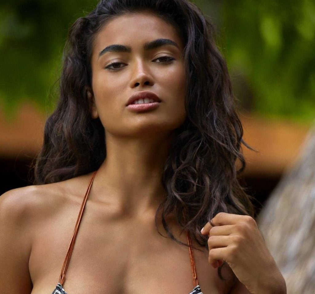 Kelly Gale Beauty Pics 1024x956 - Kelly Gale Beauty Pics