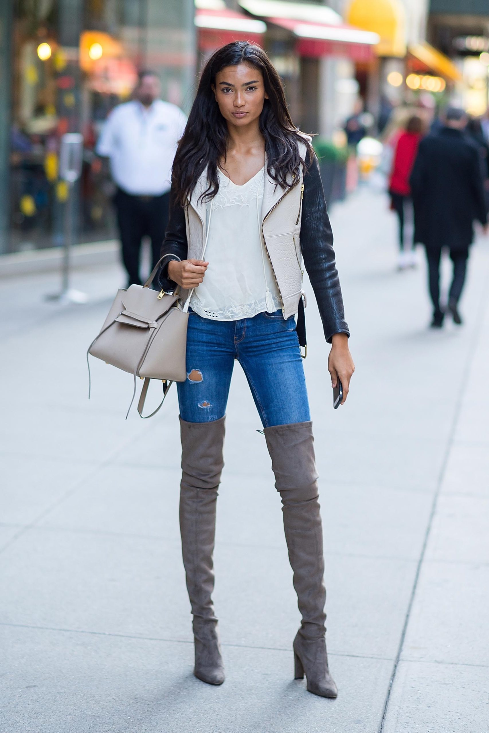 Kelly Gale Hot Jeans Style scaled - Kelly Gale Super Photos