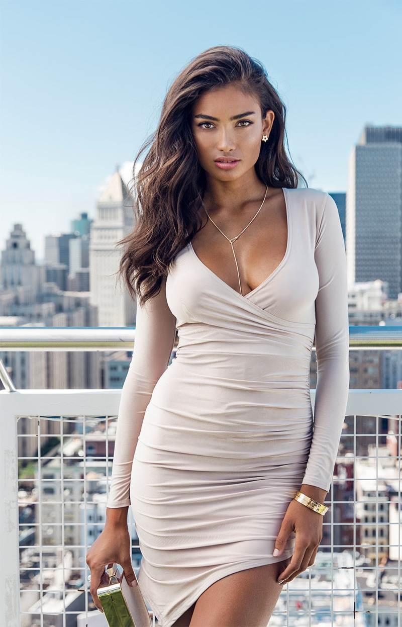 Kelly Gale Hot Revealing White Dress - Kelly Gale Hot Revealing White Dress