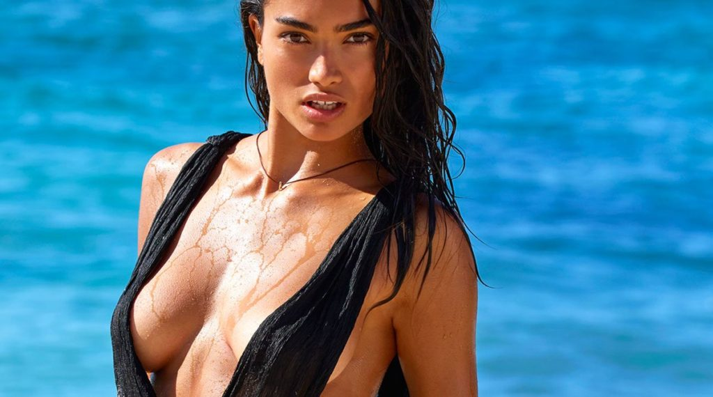 Kelly Gale Hot Swimwear Pic 1024x570 - Kelly Gale Net Worth, Pics, Wallpapers, Career and Biography
