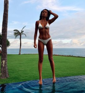 Kelly Gale Perfect Body Bikini 274x300 - Kelly Gale Perfect Legs Photo