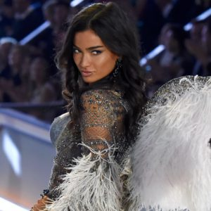 Kelly Gale Victorias Secret Model 300x300 - Kelly Gale Hot Model Pics