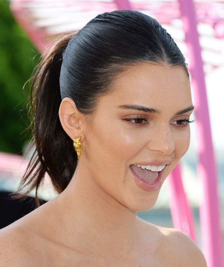 Kendall Jenner Nice Lips - Kendall Jenner Net Worth, Pics, Wallpapers, Career and Biography