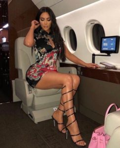 Kim Kardashian Hot Leg Posing 243x300 - Kim Kardashian White Dress Pics