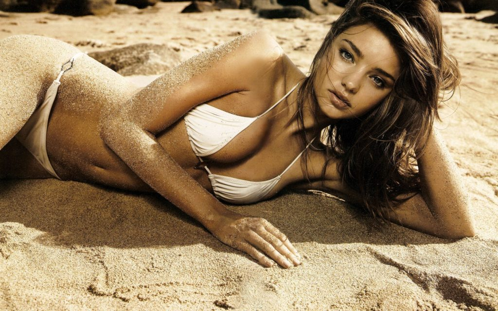 Miranda Kerr Hot White Bikini 1024x640 - Miranda Kerr Net Worth, Pics, Wallpapers, Career and Biography