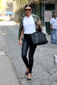 Miranda Kerr Street Style 200x300 - Miranda Kerr Super Top Model Photo