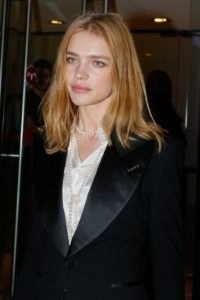 Natalia Vodianova Black Jacket Modeling 200x300 - Super Top Model Natalia Vodianova Red Blouse