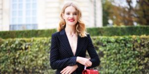 Natalia Vodianova Blue Blouse Outside 300x150 - Super Top Model Natalia Vodianova Red Blouse
