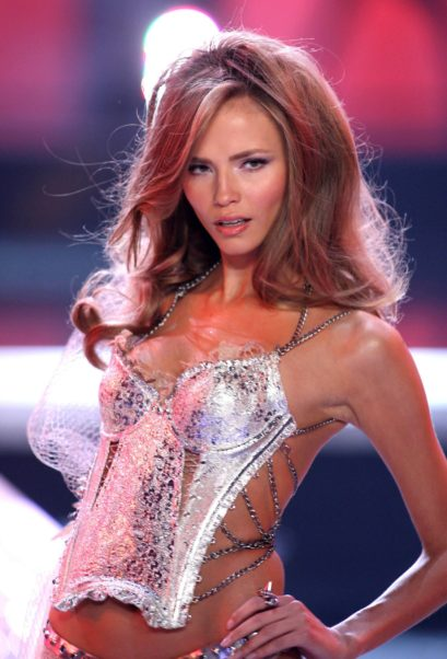 Natasha Poly Hot Podium Model