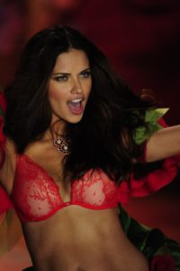 Perfect Model Adriana Lima 200x300 - Adriana Lima Wonderful Pic