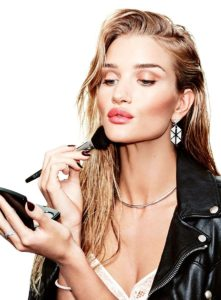 Rosie Huntington Whiteley Hot Makeup Pic 221x300 - Rosie Huntington Whiteley Revaling Red Dress
