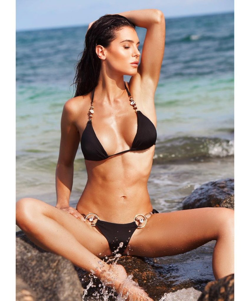 Silvia Caruso Hot Bikini Posing 849x1024 - Silvia Caruso Net Worth, Pics, Wallpapers, Career and Biography