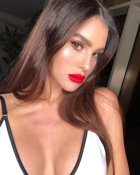 Silvia Caruso Red Hot Lips