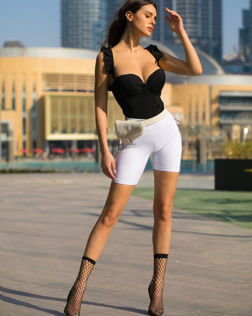 Silvia Caruso Super Model Pics 819x1024 - Silvia Caruso Net Worth, Pics, Wallpapers, Career and Biography