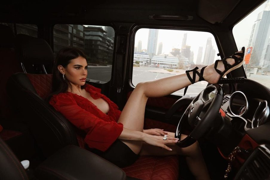 Silvia Caruso Wonderful Legs
