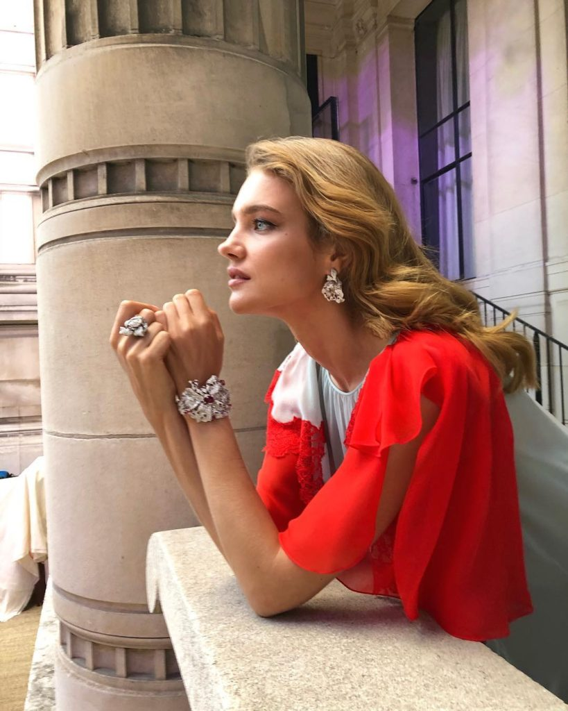 Super Top Model Natalia Vodianova Red Blouse 819x1024 - Natalia Vodianova Net Worth, Pics, Wallpapers, Career and Biography