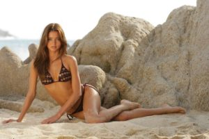 Top Model Hot Bikini Pic 300x200 - Miranda Kerr Super Top Model Photo