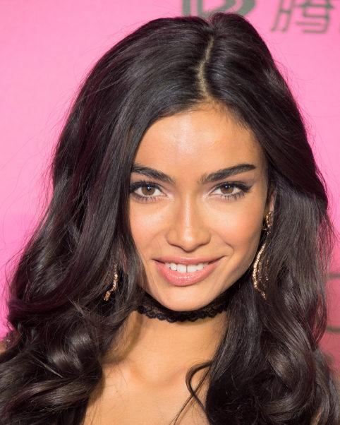 Kelly Gale Face Photos