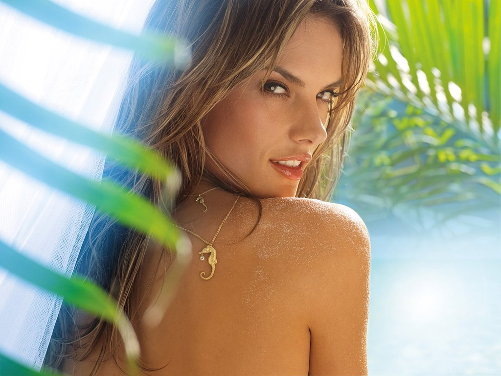 Alessandra Ambrosio Beauty Pics - Alessandra Ambrosio Net Worth, Pics, Wallpapers, Career and Biography
