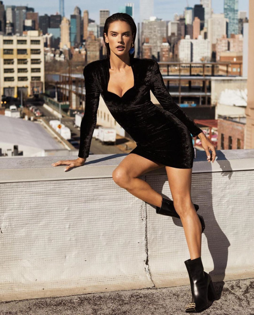 Alessandra Ambrosio Hot Dress Modeling 826x1024 - Alessandra Ambrosio Net Worth, Pics, Wallpapers, Career and Biography