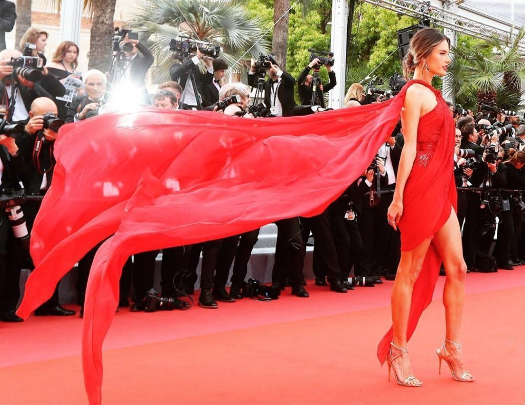 Alessandra Ambrosio Red Dress On Red Carpet 1024x791 - Alessandra Ambrosio Net Worth, Pics, Wallpapers, Career and Biography