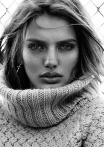 Bregje Heinen Black White Pics 213x300 - Bregje Heinen Black & White Photos